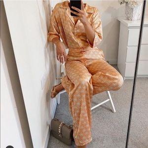 Zara 2 pieces tangerine print pajama style set